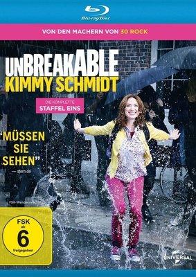 """Starke Frau, starke Serie: Wir verlosen Staffel eins von """"Unbreakable Kimmy Schmidt"""" auf BD"""