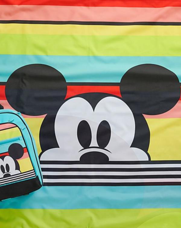"""Sommer, Sonne, Disney: Wir verlosen zum Start des Holiday Shops von shopDisney einen """"Arielle""""-Strohhalmbecher"""