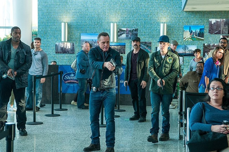 Chicago P.D. - Season Two - Kritik